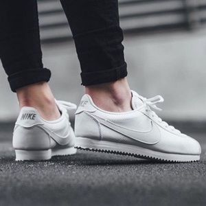 NIKE CORTEZ LEATHER TRIPLE WHITE WOMENS SHOES NEW