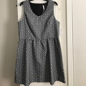 New with tags black and white Kensie dress