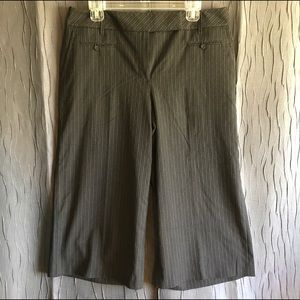 Ann Taylor Loft Pinstriped Cropped Trousers!