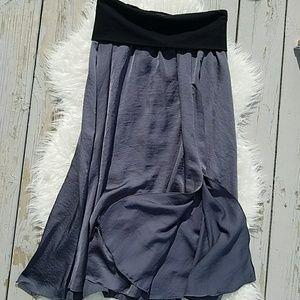 Old Navy Women's Small Gray Flowy Maxi Skirt