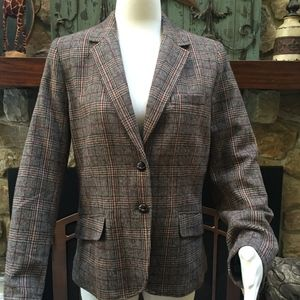 Fitted plaid blazer with suede elbow patches