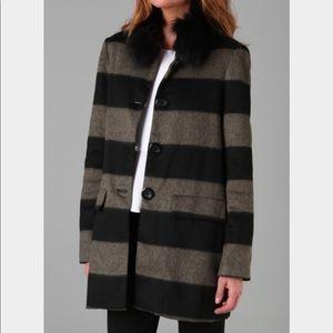 Alice + Olivia hilda fur collar coat. Size Medium
