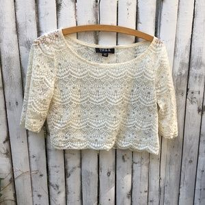 Urban Outfitters TELA ss lace crochet crop top