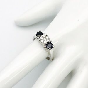 14k WH Cluster Diamond Sapphire Band Ring