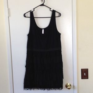 BLACK TIERED MINI DRESS CAN BE WORN ALSO AS TUNIC