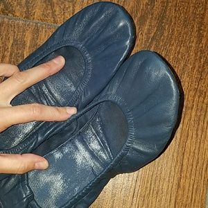 Gap Foldup Leather Ballet Slipper 8.5 Navy