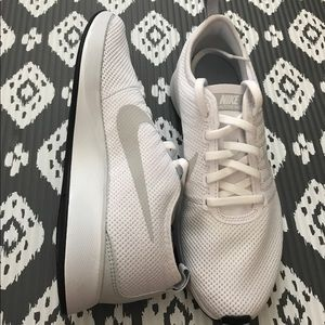 Nike Shoes - Women's Nike Dual Tone Racer