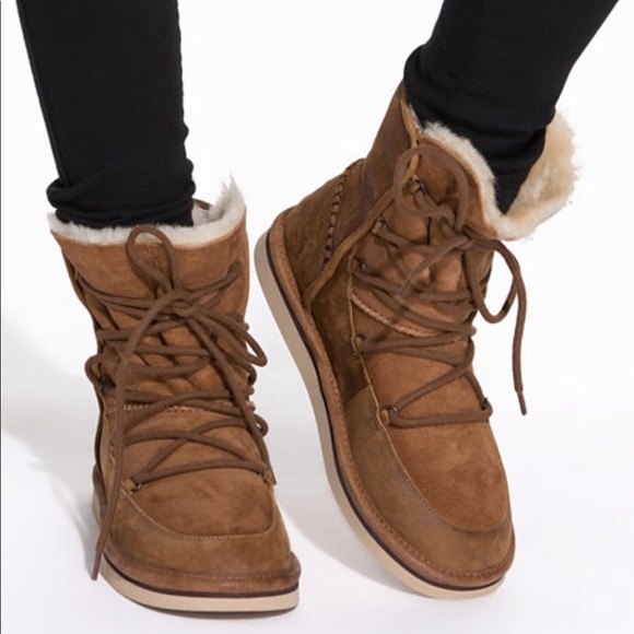 d93ca892b77 UGG LODGE CHESTNUT LACE UP BOOT