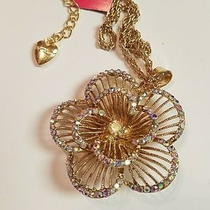 Gorgeous golden iridescent Crystal Rose necklace