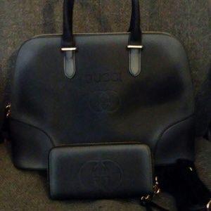 Very nice gucci purse set