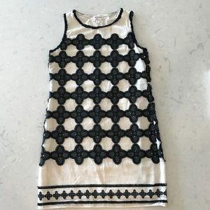 White and Blck Shift Dress