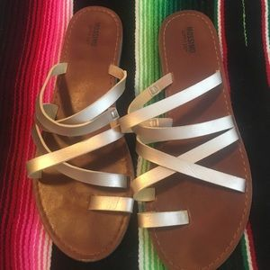 Gold Mossimo sandals, size 8