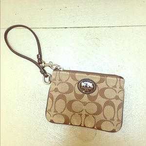 LIKE NEW! Coach wristlet