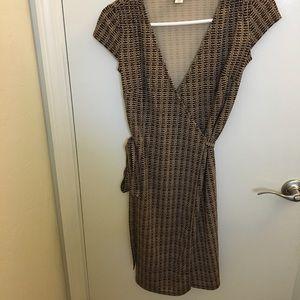 Ann Taylor brown wrap dress Sz 00 petite
