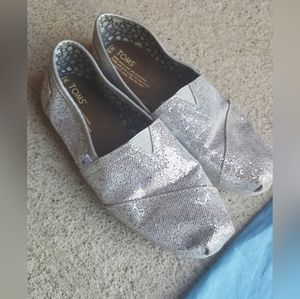 Toms Silver Glitter Shoes 8.5 wide