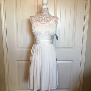 Suzi Chin by Maggy Boutique Sleeveless Ivory Dress
