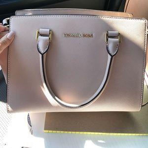 Michael Kors Blush Bag
