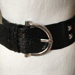 Black studded elastic belt by WHBM Sz small
