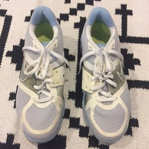 Nike Shoes - Nike blue and white tennis shoes