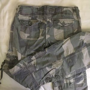 hollister camo pants