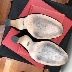 Nina Originals Shoes - 🥂 NINA ORIGINALS Nyomi Mule in Black Cow Hair Fur