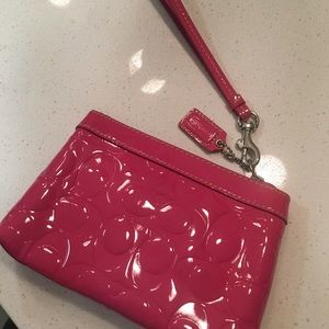 Coach Wristlet Pink Patent Leather