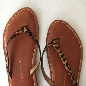 GAP Shoes - GAP women's leopard sandals 6.5
