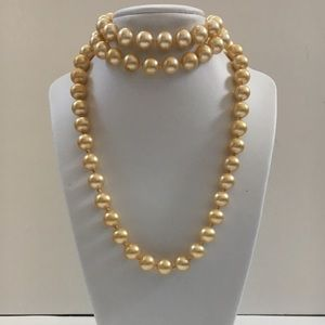Vintage (50's) Pearl Necklace