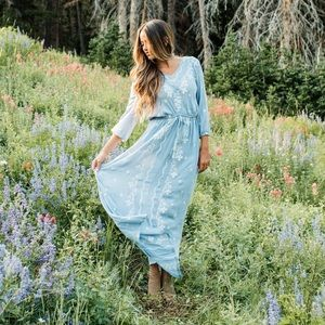 Ivy City Co In the Clouds maxi dress