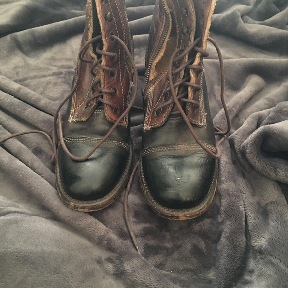Bed Stu Shoes - Bed Stu leather lace up boots.