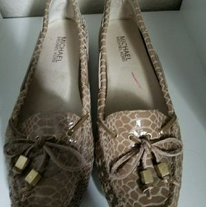 Michael Kors flats loafers 7.5 snake skin