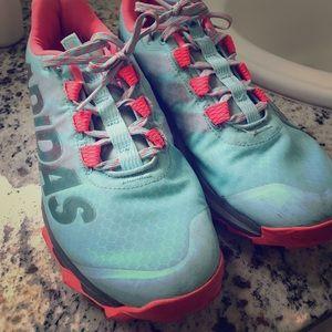 Adidas sneakers SZ 7