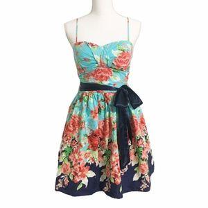 B. Darlin Floral Mini Dress Size 10 Jrs