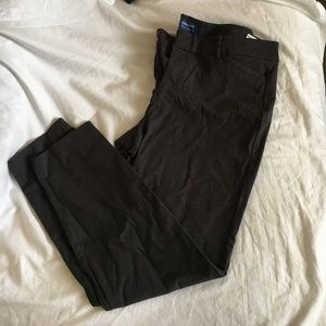 Old Navy Pixie pant. Grey. Size 12. Worn once.