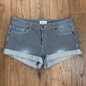 Forever 31 Shorts