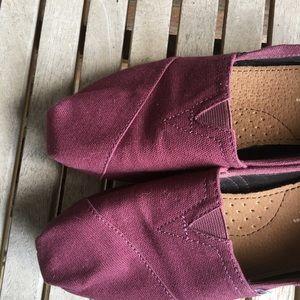 Toms Shoes - ❤️SOLD❤️TOMS Purple Flats