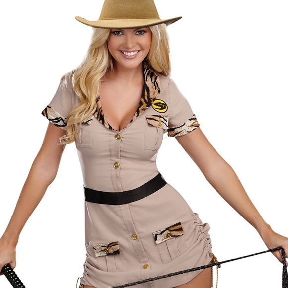 Womenu0027s Safari costume  sc 1 st  Poshmark & Other | Womens Safari Costume | Poshmark