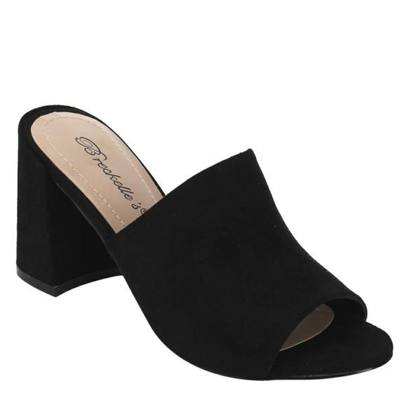 c982d18484f Breckelles Shoes - Breckelle s Faux Suede Block Heel Mule Sandals