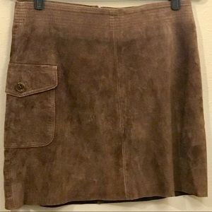 ⭐️J.CREW SEXY BROWN SUEDE MINISKIRT w. POCKET⭐️