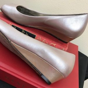 COLE HAAN Rose Gold Open Toe Wedge Pump, 6.5 B