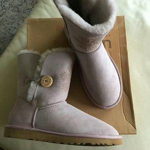 Lilac Ugg Kimono Flower Bailey Button Boots 8M