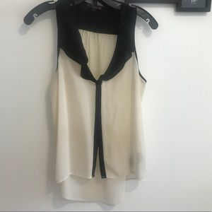 Guess white and black top