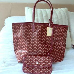 NWT designer tote bag w/ attached wristlet wallet