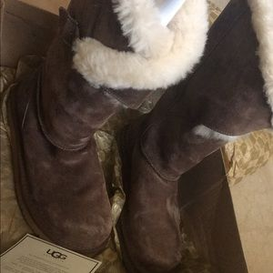 Brand New tall brown fur uggs
