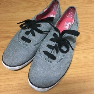 Gently worn Keds tennis shoes
