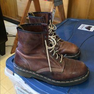 Dr. Martens. Men's boots. Size 10.