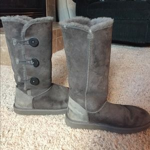 Gray button uggs