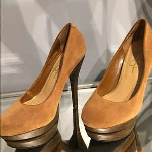 Jessica Simpson platform Suede pumps size 6