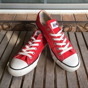 ❤️SOLD❤️Red Converse All Stars Sneakers