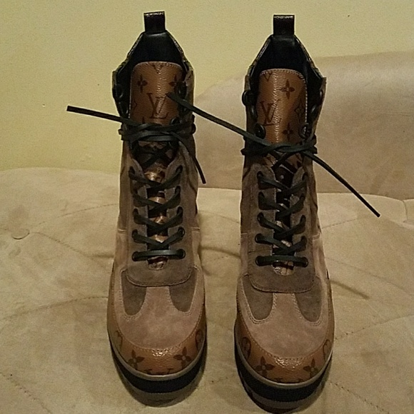 Louis Vuitton Shoes   Authentic Louis